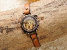 珊瑚(ゴールド) 手作り腕時計/手巻き機械式時計 - dedegumo online shop (デデグモ)京都発手作り時計とアクセサリーのお店