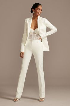 This sophisticated relaxed fit suit jacket is detailed with satin buttons at the sleeves, chic flap pockets, and a notched lapel. fully lined Dry clean Imported Pair with pants Glamouröse Outfits, Classy Outfits, Casual Outfits, Fashion Outfits, All White Party Outfits, White Outfits For Women, Elegantes Business Outfit, Wedding Pantsuit, Wedding Dresses