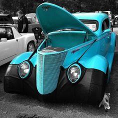 Antique Car  Selective Color processed with FX Photo Studio color splash