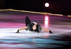 Johnny Weir, Fashion on Ice, Sep 2011. Photo © David Ingogly @ Binky's Johnny Weir Blog.