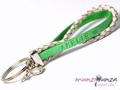Schlüsselanhänger - Schlüsselanhänger Wunschtext Leder  Art. 184 - ein Designerstück von munzipunza bei DaWanda