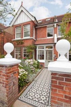 5 bedroom semi-detached house for sale in Pembroke Crescent, Hove, East Sussex, - Rightmove Terrace House Exterior, Dream House Exterior, Edwardian House, Victorian Homes, Brick Architecture, Classical Architecture, Victorian Front Garden, Unusual Homes, English House
