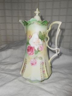 RS Prussia Chocolate Pot with Roses