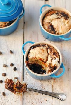 Self-Saucing Vanilla Fudge Pudding Cakes   www.leannebakes.com