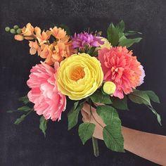 Gorgeous crepe paper flowers by Lemonade Paper Flowers
