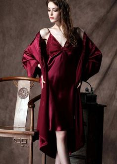 32bcd85d94 Morgenmantel und Nachthemd aus reiner Seide NM1025 Sleepwear Sets