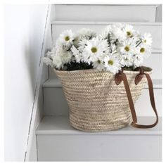 Angie Wendricks – Professional Photographer and Stylist Sisal, Hygge, Farmhouse Baskets, Daisy Petals, Market Baskets, Cottage Interiors, Floral Fashion, Blooming Flowers, Green Life