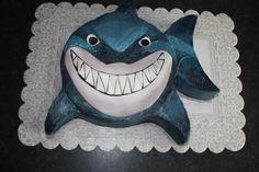 That Makes the Cake: Bruce the Shark for Koen's birthday