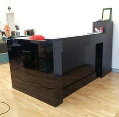 Black gloss  reception counter