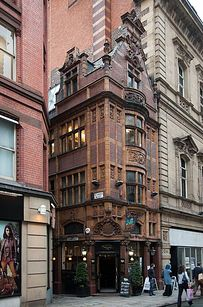 Mr. Thomas' Chop House (1867) — Manchester, England | 16 Interesting Facts About The World's Oldest And Coolest Bars