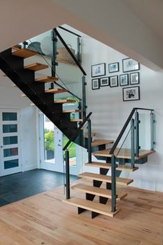 Classic staircase traditional staircase other metro for Angela bonfante kitchen designs