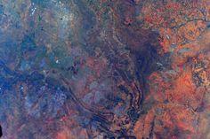 Sam Cristoforetti @AstroSamantha Colors going wild! #SouthAfrica / (IT) I colori selvaggi del Sudafrica. #ColorsOfTheEarth