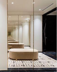 Via thecuriae Balmain boutique in SOHO by Studio KO. _ @studio_ko @balmain @olivier_rousteing #sohofashion #palazzostyle #frenchstyle #savoirfaire #manhattanstyle #balmainnyc #palazzobalmain #interiordesign #interiors #ottoman #mirrors #salon  #⚫️thecuriae