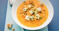 Paprika-Hack-Suppe mit Feta