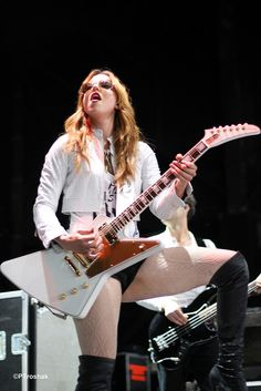 Lizzy Hale From Halestorm | Recent Photos The Commons Getty Collection Galleries World Map App ...