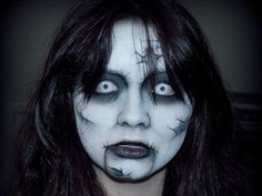 I'm sharing scary Halloween make up ideas of for girls. Use scary make-ups that would bring to the ghost ness of the effect you're attending attend in Oct. Creepy Halloween Makeup, Halloween Costumes For Teens, Halloween Looks, Christmas Costumes, Halloween Ideas, Halloween 2015, Outdoor Halloween, Ghost Makeup, Dead Makeup