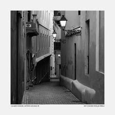 Gámbaro Alley, Old San Juan – Puerto Rico by Ricardo Ruíz de Porras on Flickr.