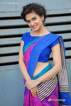 Cute and Hot Bollywood actress Kriti Kharbanda Beautiful Bollywood Actress, Beautiful Indian Actress, Beautiful Actresses, Saris, Kirti Kharbanda, Senior Girl Poses, Trendy Sarees, Elegant Saree, Beauty Shots