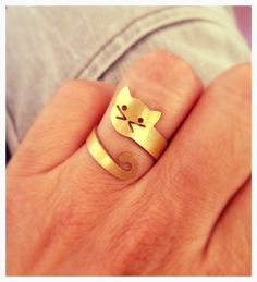 Items similar to gold cat ring adjustable ring cat jewelry animal ring cat lover cat gift for her on Etsy Cat Jewelry, Animal Jewelry, Metal Jewelry, Jewelry Rings, Jewelry Accessories, Jewelry Design, Jewellery, Do It Yourself Jewelry, Cat Ring