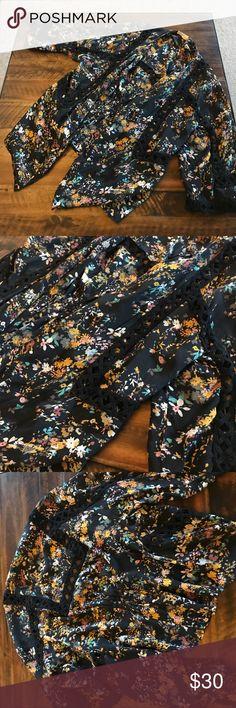 Anthropologie floral kimono Beautiful floral kimono Anthropologie Tops Blouses