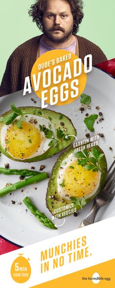 Dude's Baked Avocado Eggs may look fancy, but any dude can make this easy recipe. All you need are a few ingredients you have around the house and you'll have munchies in no time. Bonus, avocado brings the laidback vibe of the West Coast to you. Avocado Egg Bake, Baked Avocado, Avocado Recipes, Keto Avocado, Diet Recipes, Vegetarian Recipes, Cooking Recipes, Healthy Recipes, Bariatric Recipes