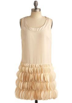 1920's inspired dress http://www.vintagedancer.com/1920s/1920s-womens-clothing/