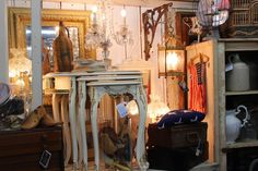 Monticello Antique Marketplace: Shop Therapy...