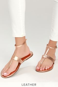 Add a pop of cute to your outfit with the Lulus Colleen Rose Gold Leather Flat Sandals! Sleek genuine leather forms these cute sandals with a T-strap upper. Dressy Flat Sandals, Dressy Shoes, Stylish Sandals, Leather Sandals Flat, Business Casual Shoes, Pretty Sandals, Womens Summer Shoes, Aldo Shoes, Women's Shoes