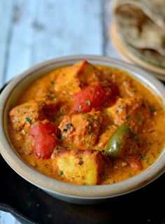 Paneer tikka masala - Soft, succulent cottage cheese cubes simmered in rich n creamy tomato gravy Paneer Tikka Masala Recipe, Paneer Recipes, Veg Recipes, Curry Recipes, Asian Recipes, Vegetarian Recipes, Palak Paneer, Veg Curry, Masala Curry