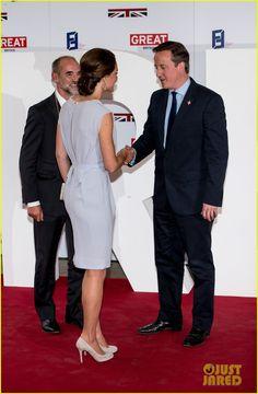 Kate Middleton.  Roksanda Ilincic dress.