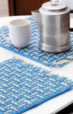 Cute placemats basketweave crochet.  (remember you can do whatever colours suit you and your kitchen!)