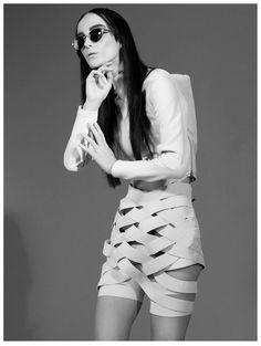 Francesca Capper Graduate Collection Image via Francesca Capper. Fashion Details, Fashion Design, Sculptural Fashion, Fabric Manipulation, High End Fashion, Texture Design, White Outfits, British Style, Fashion Accessories