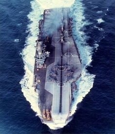 this pic probably taken about the time she was due to be transferred to the Indian navy and be renamed Viraat. Royal Navy Aircraft Carriers, Navy Carriers, Navy Times, Landing Craft, Indian Navy, Falklands War, British Armed Forces, Naval History, Royal Marines