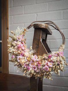 Dried Flower Wreaths, Dried Flowers, Floral Wreaths, Rag Wreaths, Advent, Dried Flower Arrangements, How To Preserve Flowers, Nature Decor, Diy Wreath