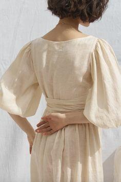 Frack, Linen Dresses, Marchesa, Wrap Dress, Fashion Dresses, Vogue, Style Inspiration, Summer Dresses, Casual