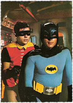 Adam West and Burt Ward starred as Batman and Robin in the campy TV series 'Batman'. It aired on ABC for three seasons from January 1966 to March The show was aired twice weekly for its first two seasons, resulting in the production of 120 episodes. Adam West, Batman 1966, Batman Robin, Batman Batman, Real Batman, Batman Arkham, Mejores Series Tv, Nananana Batman, Batman Tv Series