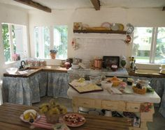 Cynthia's Cottage Design: Tuscan Kitchen - Bel Sole  The most AMAZING miniature kitchen I have ever seen!!!! Check out all the pics!!! WOW
