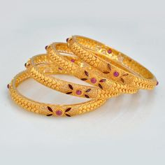Gold Bangles Set From New Arun Jewellers Gold Bangle Sets, Gold Bangle Desings, Gold Bangle Collections. Plain Gold Bangles, Gold Bangles For Women, Ladies Bangles, Gold Bangles Design, Silver Bangle Bracelets, Bangle Set, Beaded Bracelets, Gold Jhumka Earrings, Jewelry Design Earrings