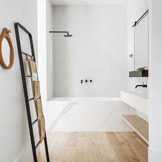 "118 likerklikk, 20 kommentarer – Mel Turner (@recipesfordesign) på Instagram: ""Very happy with a shower over the bath when it looks this good ... thoughts @nikitadem 🛀🏻🛀🏻 . .…"""