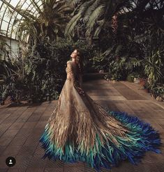 Pin by まひろ on ぱーてぃー ドレス in 2019 Beautiful Gowns, Beautiful Outfits, Gorgeous Dress, Fantasy Gowns, Fantasy Clothes, Dream Dress, Pretty Dresses, Weird Dresses, Amazing Dresses