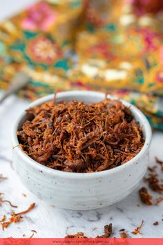 We've got a authentic, traditional recipe for Malaysian/Indonesian beef floss, known in Malay as Serunding Daging. Try out our Beef Floss recipe. Recipe by Asian Inspirations. Malaysian Cuisine, Malaysian Food, Asian Recipes, Beef Recipes, Real Food Recipes, Malay Food, Indonesian Cuisine, Coconut Recipes, Recipe Recipe