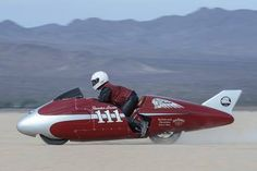 Indian Motorcycle have paid tribute to Burt Munro, by recreating his famous record-setting Bonneville salt flats run with the Indian-powered 'Spirit of Munro' streamliner revealed earlier this year.