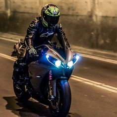 #YamahaYZFR1 Yamaha Motor Company, #SuperbikeRacing #Motorcycle #YamahaYZFR6 Sport bike, Yamaha Corporation, Helmet - Follow #extremegentleman for more pics like this!
