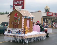 Last Trending Get all images diy christmas float decorations Viral fc b cb c c a ae c Christmas Float Ideas, Christmas Parade Floats, All Things Christmas, Christmas Holidays, Christmas Storage, Christmas Program, Fc B, Christmas Gingerbread, Outdoor Christmas