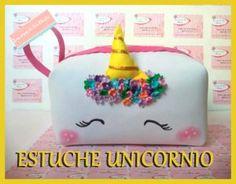 PASO A PASO : COMO HACER TU PROPIO ESTUCHE DE UNICORNIO. Unicorn Outfit, Unicorn Clothes, Diy And Crafts, Crafts For Kids, Unicorn Crafts, Baileys, Unicorn Party, Blue Moon, Paper Art