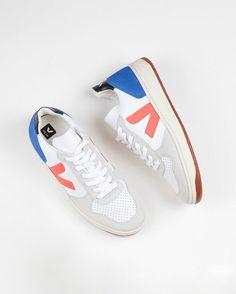 1dbd169e69 Veja V-10 Bastille Leather Sneakers - Bellerose