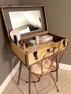 Suitcase Decor - Unusual Home Decor Ideas 🏠 homedecor home homedecorideas homedesign kitchen kitchendesign diy decor dresses women womensfashion workout beauty beautiful fashion ideen ideas 🏠 Furniture Projects, Furniture Makeover, Diy Home Furniture, Furniture Design, Cheap Furniture, Simple Furniture, Furniture Logo, Diy Home Decor Projects, Furniture Stores