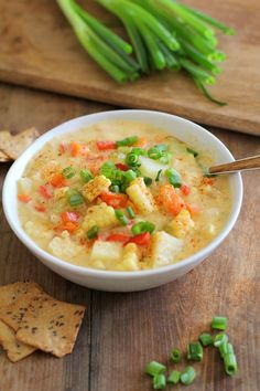 Low Unwanted Fat Cooking For Weightloss Hearty And Healthy Veggie-Packed Vegan Corn Chowder. Mixed Up Corn, Potato, And Coconut Milk Make The Chowder Base For This Super Delicious Meal Vegan Soups, Vegan Dishes, Vegan Vegetarian, Vegetarian Recipes, Vegan Meals, Soup Recipes, Whole Food Recipes, Dinner Recipes, Cooking Recipes