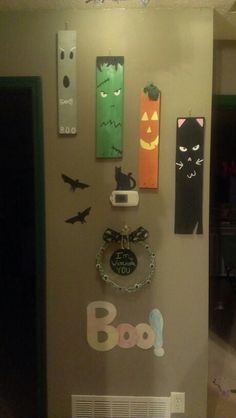 Painted pallet wall hangings for halloween