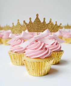 Princess crown cupcake toppers with pink bow detail Theme Bapteme, Crown Cupcake Toppers, Baby Shower Cupcake Toppers, Gateau Baby Shower, Shower Cake, Glitter Cupcakes, Gold Cupcakes, Giant Cupcakes, Princess Cupcakes